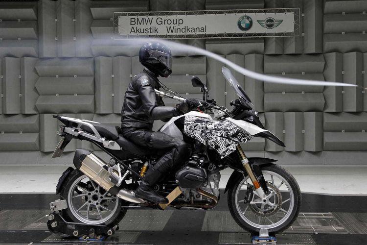 Conducir Con Viento Moto Bmw