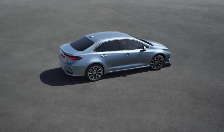 Corolla Rear 34 V05 Rgb Lr 635118