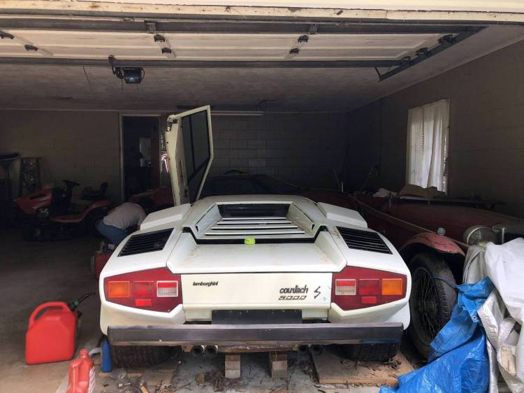 Countach Barn Find 2