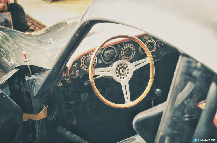 crd_cars_showroom_mdm_2