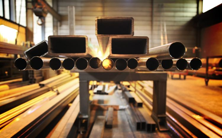 Crisis Metal Acero Industria Tubes Perfiles