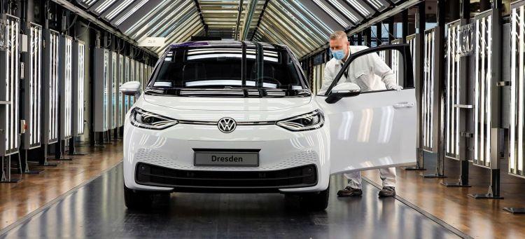 Crisis Semiconductores Consecuencias Agosto 2021 Volkswagen Id3 Fabrica 01 Portada