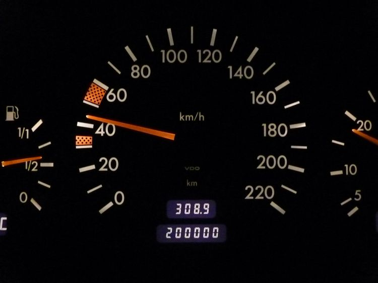 Cuentakilometros Trucado Mercedes Clasico Odometro Cuentakilometros