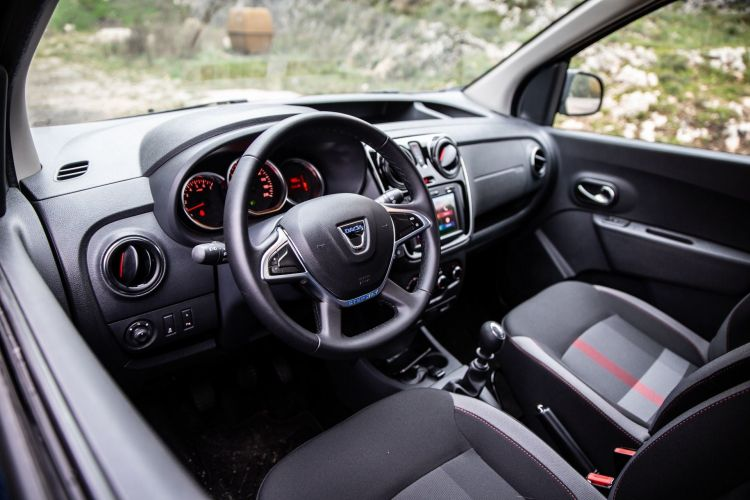 Dacia Dokker Camperiz 13