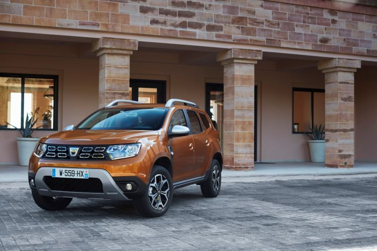 2017 New Dacia Duster Tests Drive In Greece