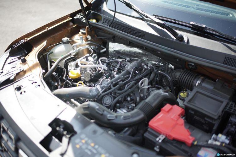 Dacia Duster Motor 01