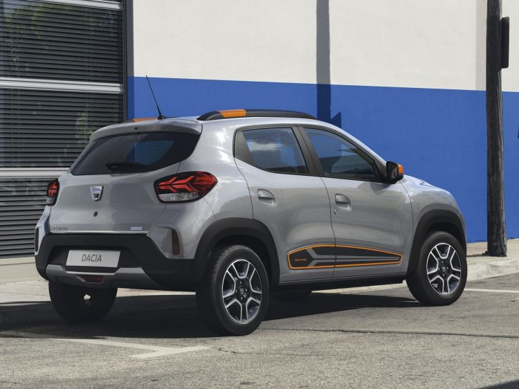 Dacia Spring (bbg)