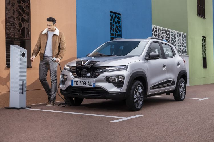 Dacia Spring 2021 0421 Recarga 114