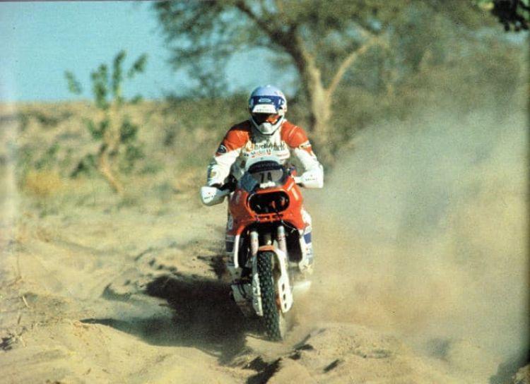 Dakar Aprilia Tuareg
