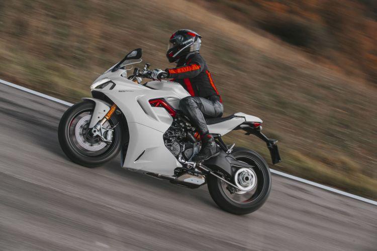 Dgt Infracciones Sanciones Comunes Motoducati Supersport 950 S 2021
