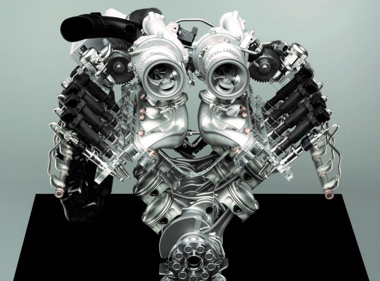 Diferencias Motor Boxer V180 Bmw V8 Twinturbo