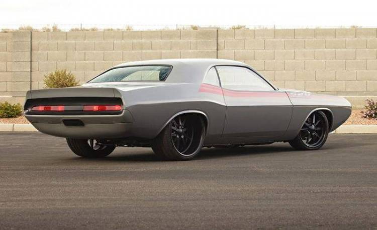 1970 Dodge Challenger 528 RS by Roadster Shop, amenaza en estado puro