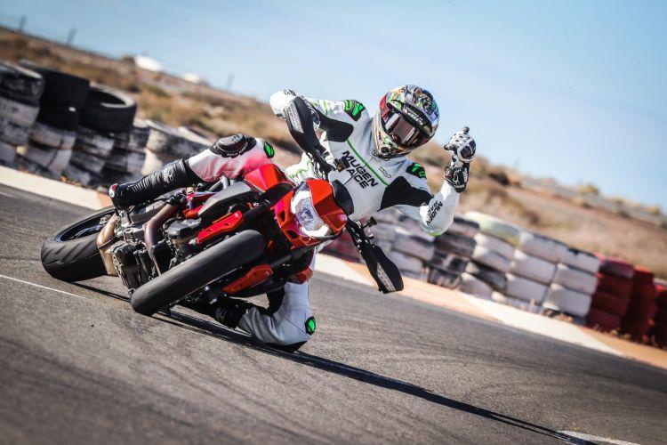 Ducati Hypermotard 950 Ruben 03 Uc70358 Mid