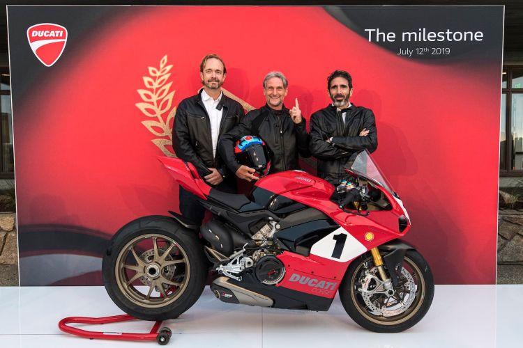 Ducati Panigale V4 Ap11364 Uc77867 High