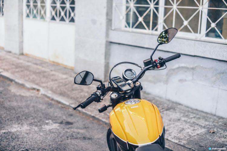 Ducati Scramber Quadlock Telefono Movil 8