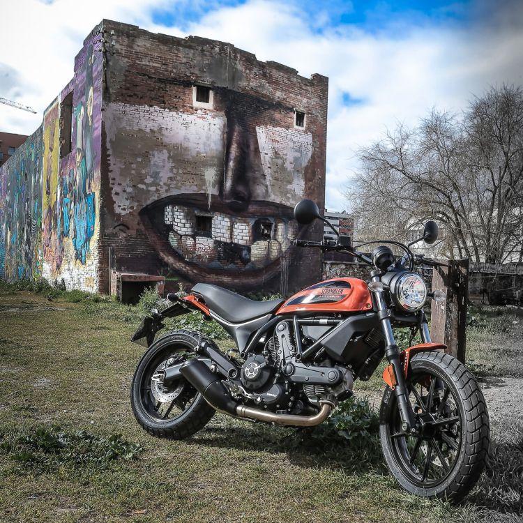 Ducati Scrambler Sixty2 Scrambler76 Uc37102 High