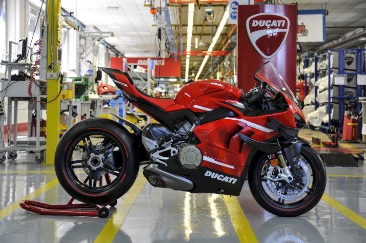 Ducati Superleggera V4 Fabrica