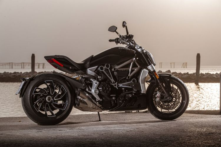 Ducati Xdiavel S 2021 04