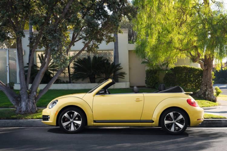 Debut del Volkswagen Beetle en Los Angeles: a España llegará en marzo de 2013