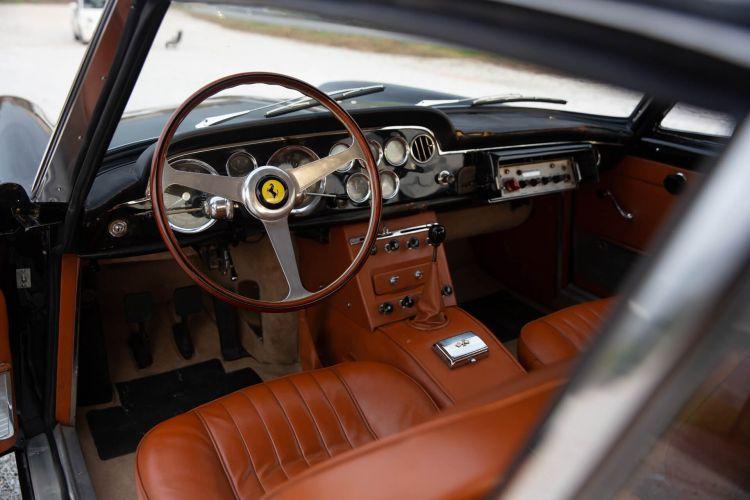 Ferrari 250 Gte Squadra Mobile 12