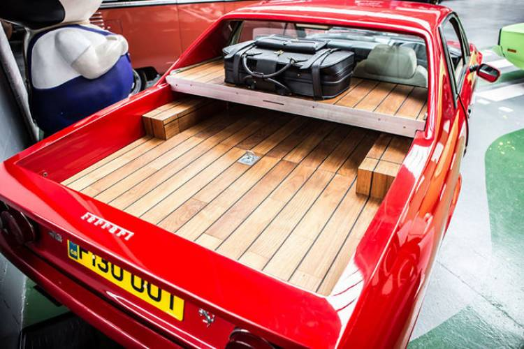 Ferrari 412 pick-up con motor Chevrolet V8