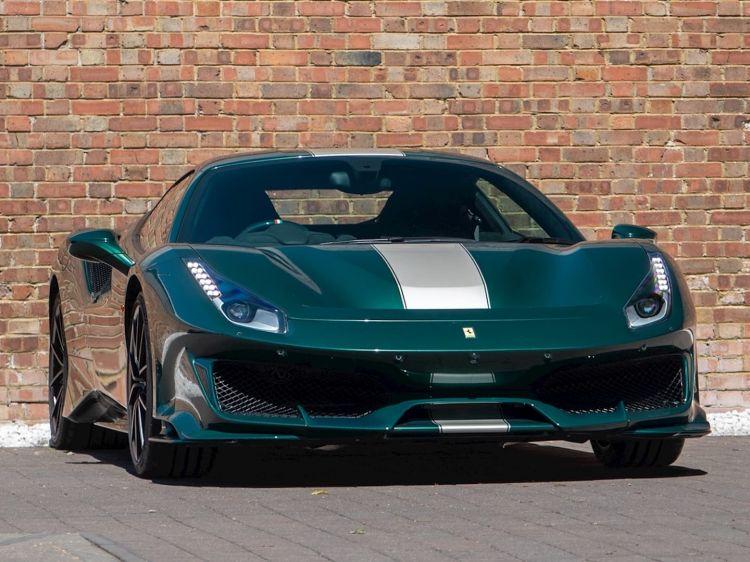 Ferrari 488 Pista Verde Dm 10