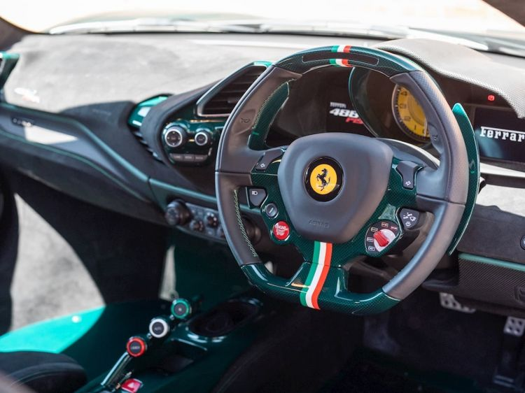 Ferrari 488 Pista Verde Dm 8