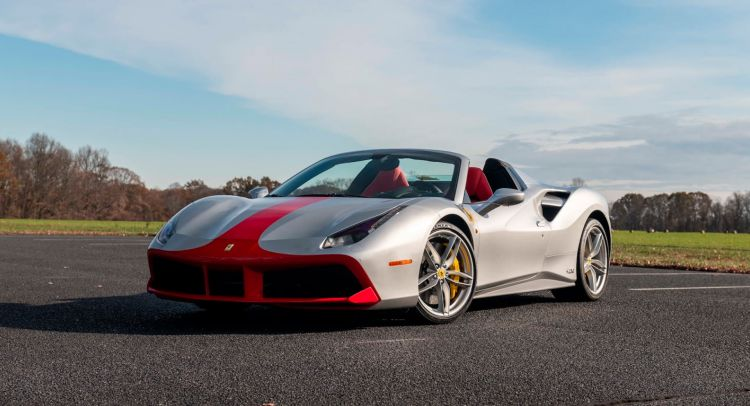 Ferrari 488 Spider Aniversario 1
