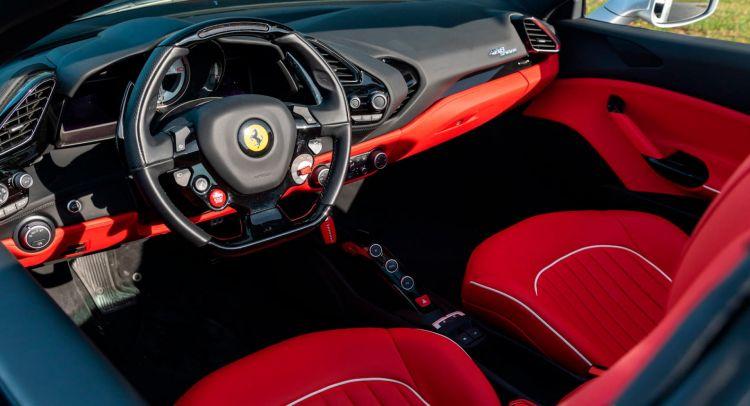 Ferrari 488 Spider Aniversario 5
