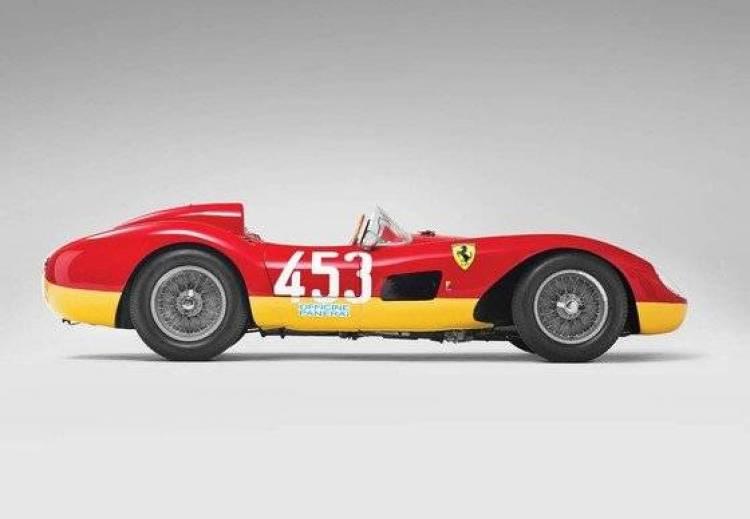 A subasta un exclusivo Ferrari 500 TRC Spider de cuatro cilindros