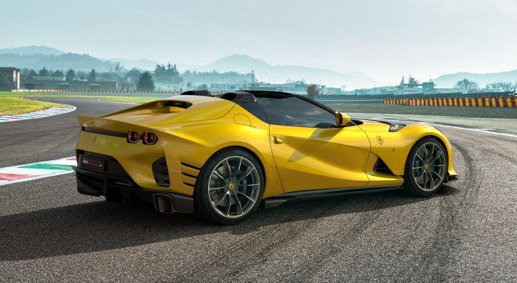 Ferrari 812 Competizione 2021 0521 003