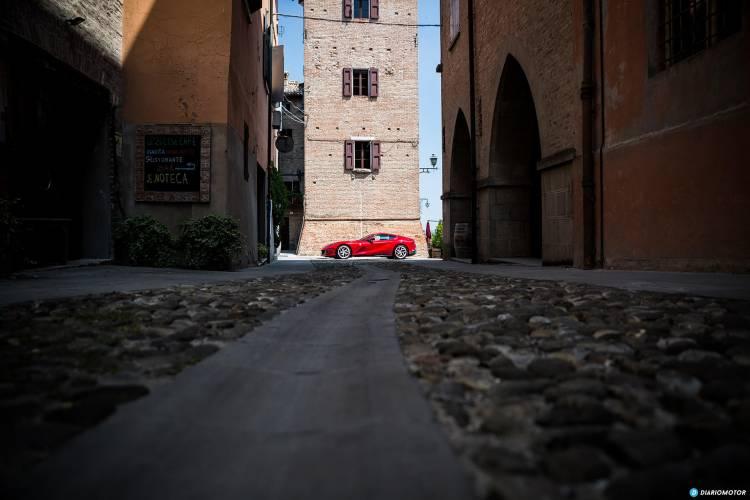 Ferrari 812 Superfast Exterior 00028