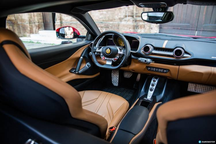 Ferrari 812 Superfast Interior 00015