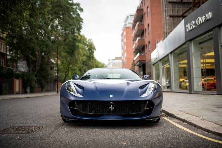 Ferrari 812 Superfast Stirling Moss 2