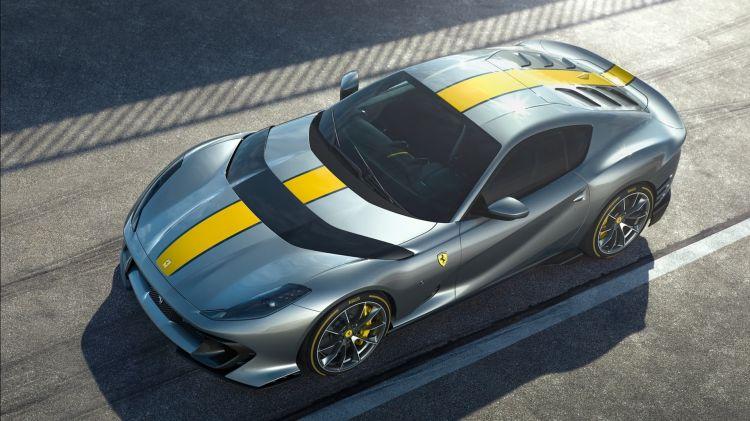 Ferrari 812 Vs 2021 001