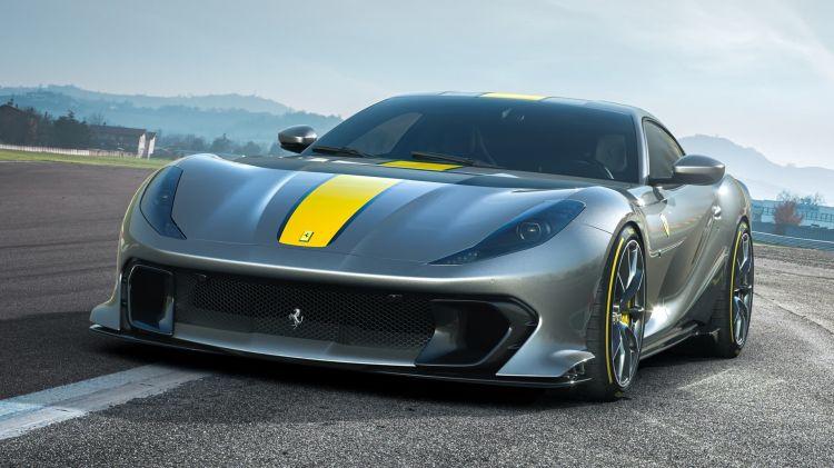Ferrari 812 Vs 2021 003