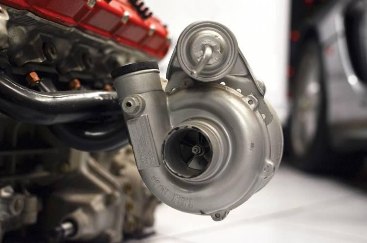 ferrari-f121-a-motor-turbo-04-1440px