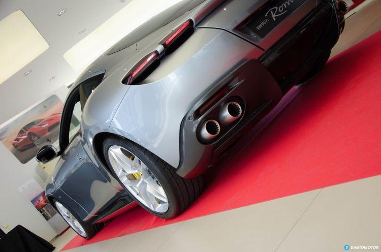 Ferrari Roma Presentacion Cds Dcd 0820 033