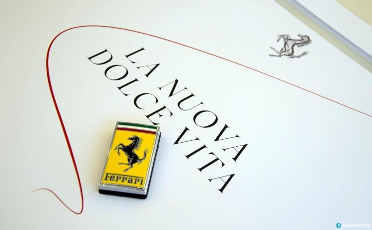 Ferrari Roma Presentacion Cds Dcd 0820 044