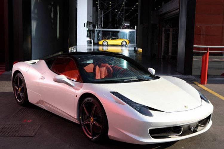 El Rojo Ya No Es El Color De Los Ferrari Quot S 243 Lo Quot El 45 De