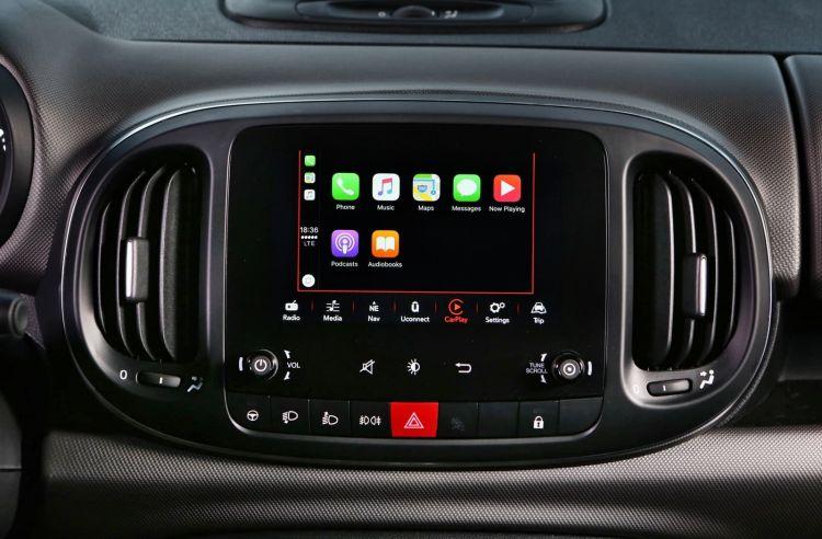 Fiat 500l Apple Car Play 0220 011