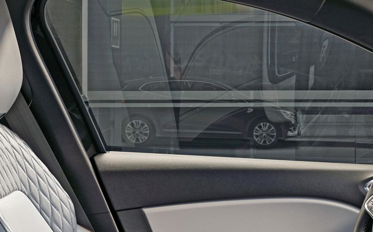Filtracion Exterior Renault Clio 01