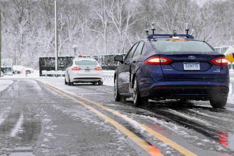 ford-autonomo-nieve-2016-02
