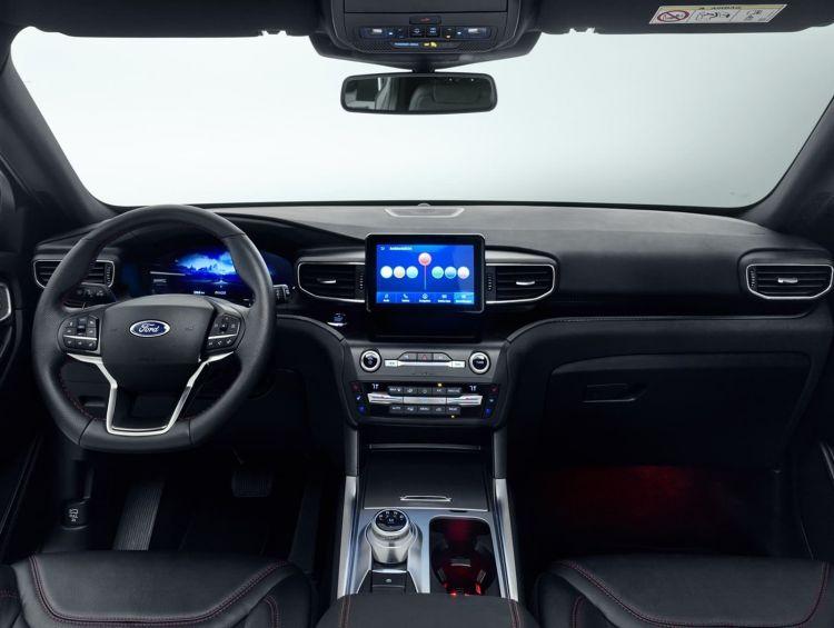 Ford Explorer 2019 0319 001