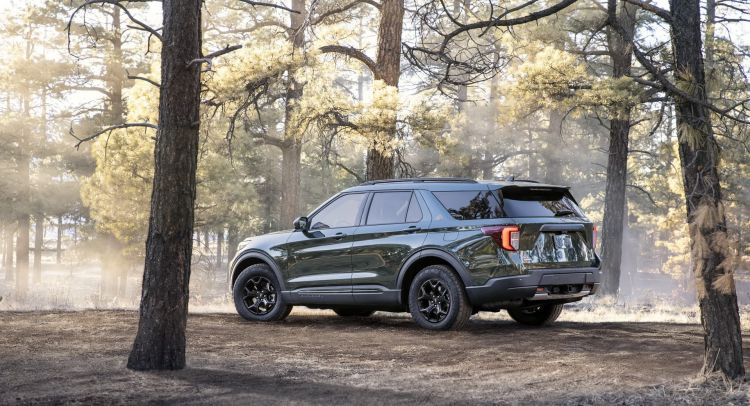Ford Explorer Timberline 2