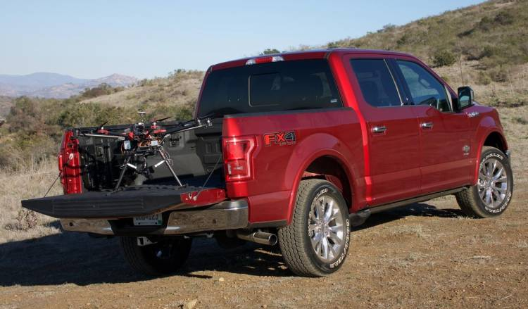 ford-f-150-drone-ces2016-00