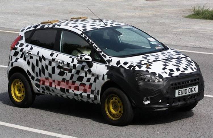 Espiado un extraño Ford Fiesta crossover