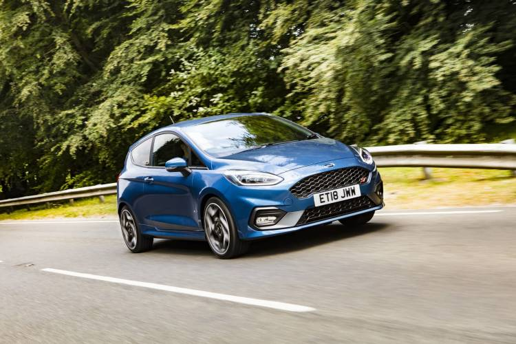 Ford Fiesta St 2018 Fotos 67