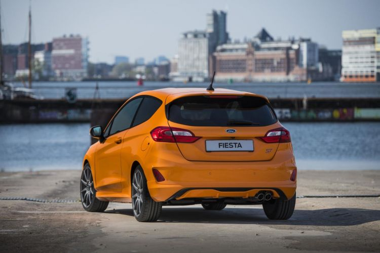 Ford Fiesta St Performance Edition 04