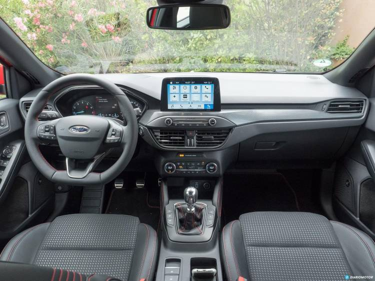 Ford Focus 2018 Interior 00011